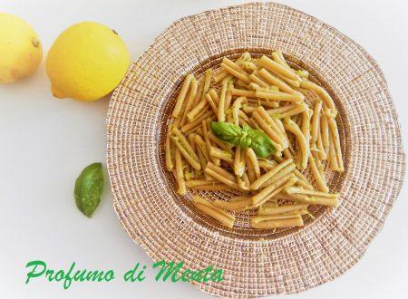Caserecce integrali con pesto di limone e basilico